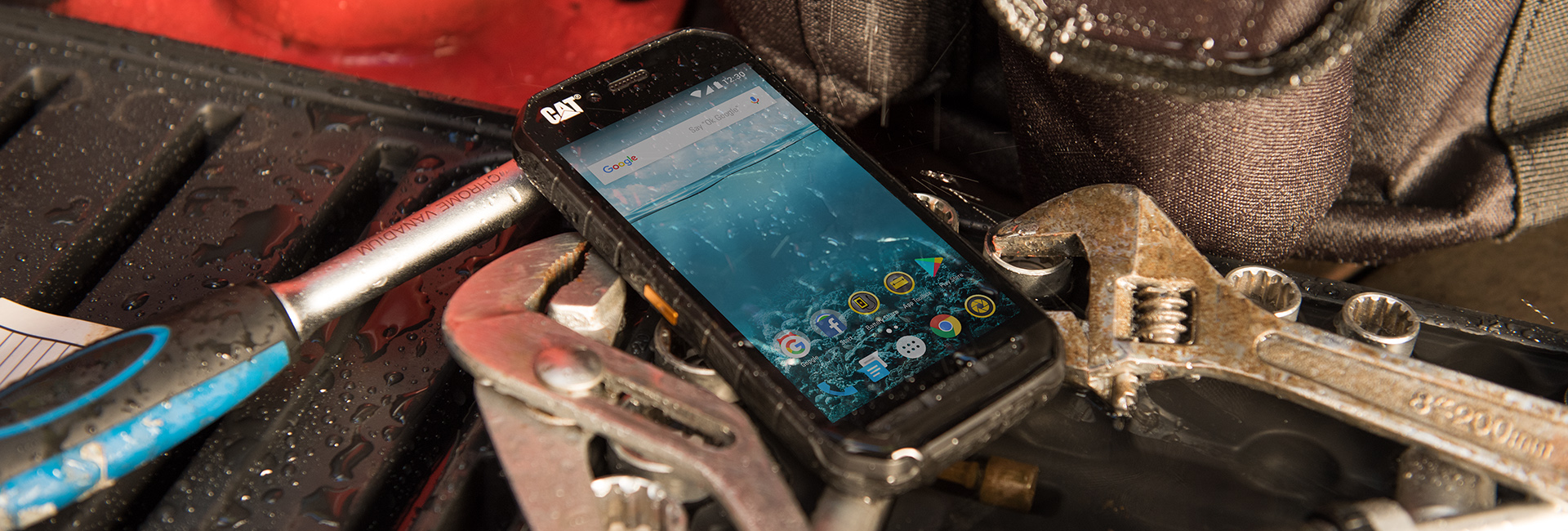 Free screen repairs on Cat devices | Cat phones